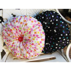 Pillow covers • Reusing Umbrellas | ecogreenlove