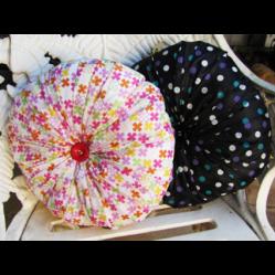 Pillow covers • Reusing Umbrellas   ecogreenlove