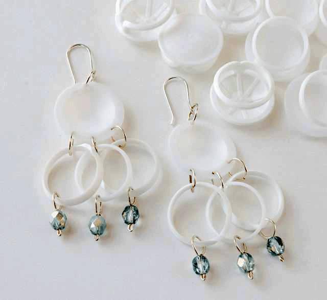 Reusing Plastic Pull Tabs | ecogreenlove