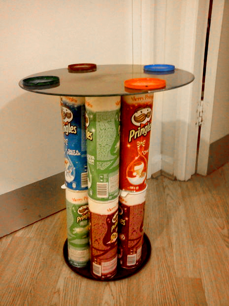 Coffee table • Creative Ways to Repurpose Pringles can tubes | ecogreenlove