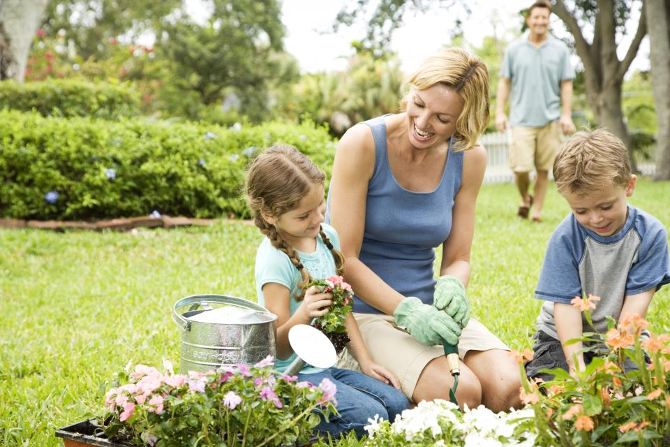 6 Eco-Friendly Parenting tips to raise an Eco Baby   ecogreenlove
