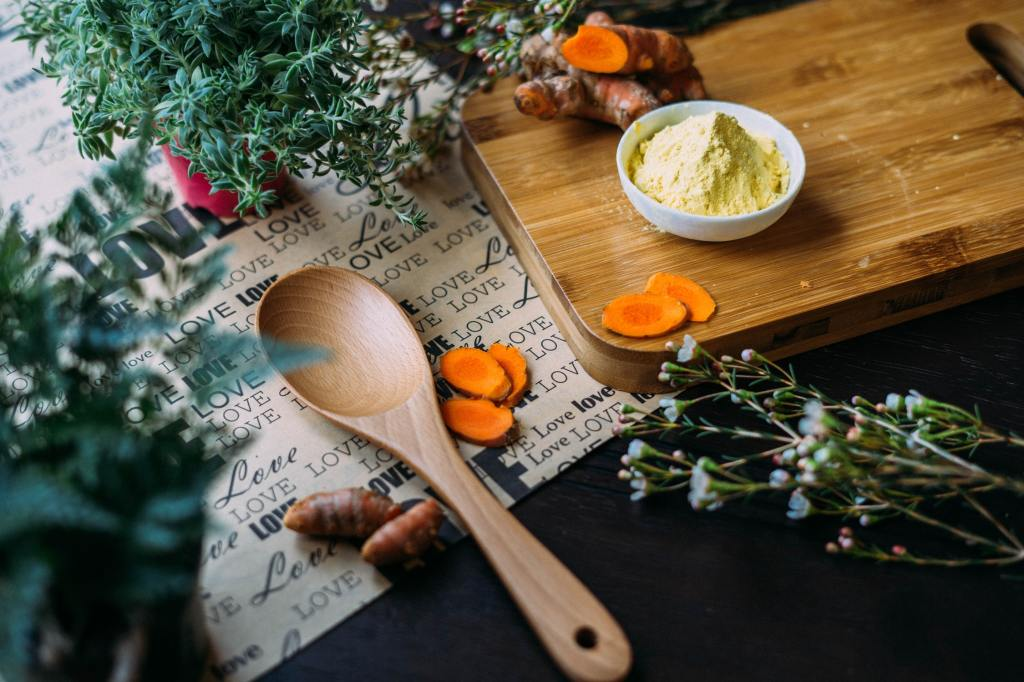 How Dietary Supplements Impact the Environment and How to Be a More Conscious Consumer | ecogreenlove