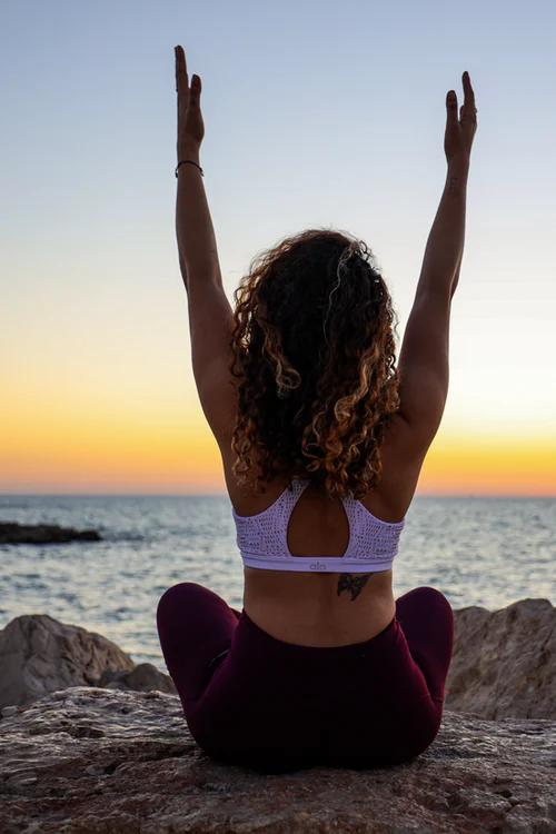 Stretching Back Pain   ecogreenlove