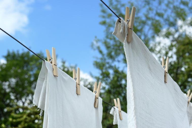 Home Projects that make your Life Greener • Air-Dry Clothes | ecogreenlove